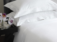 Hotel Bed Linen and Blankets