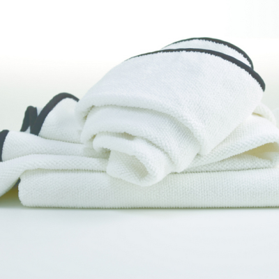 Hotel Luxury Collection White Jacquard Bath Towel With