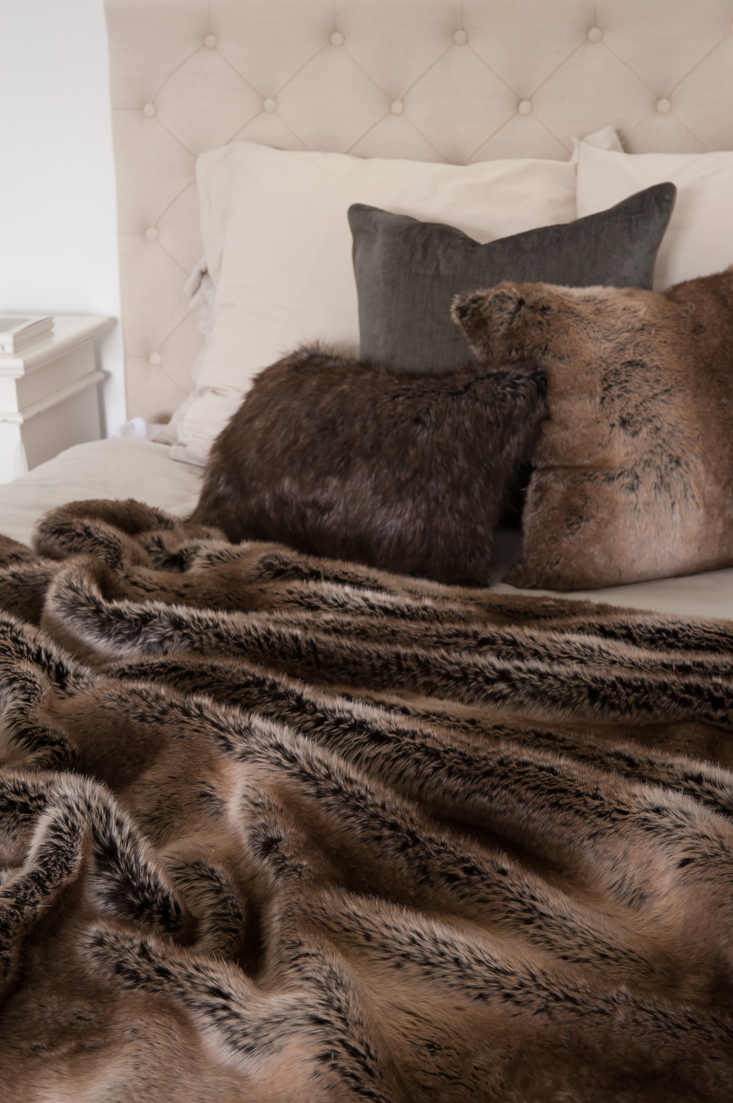 Hotel Luxury Collection Striped Beaver Faux Fur