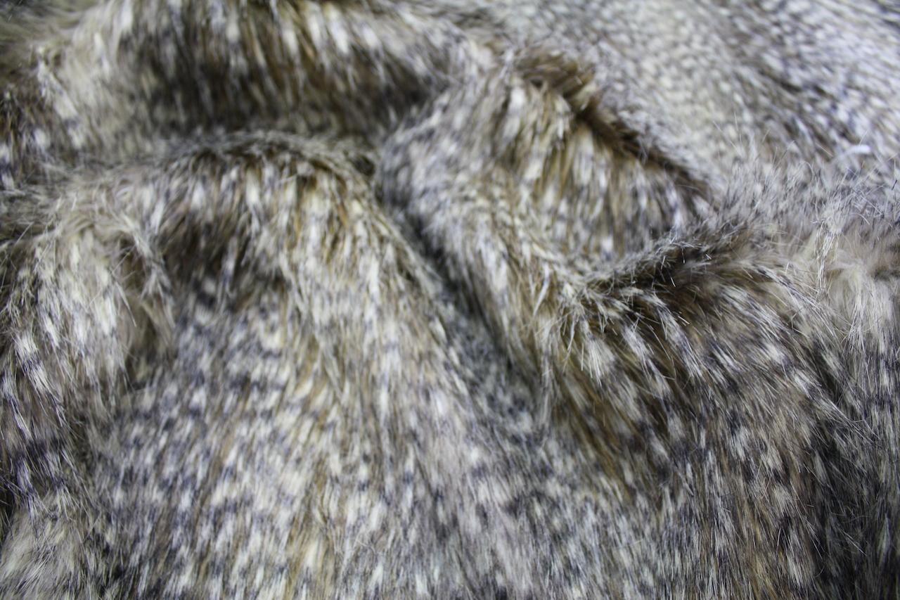 Hotel Luxury Collection Jackal Faux Fur Cushion Amp Throw