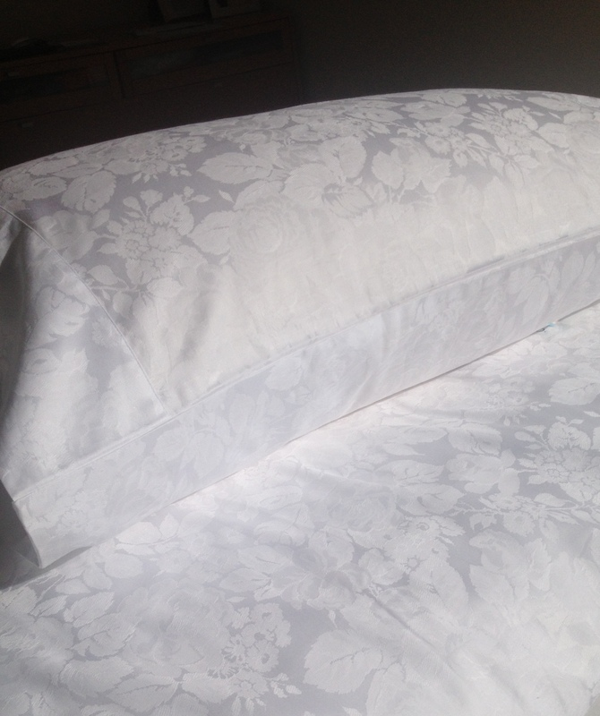 Egyptian Cotton White Damask Duvet Doona Covers