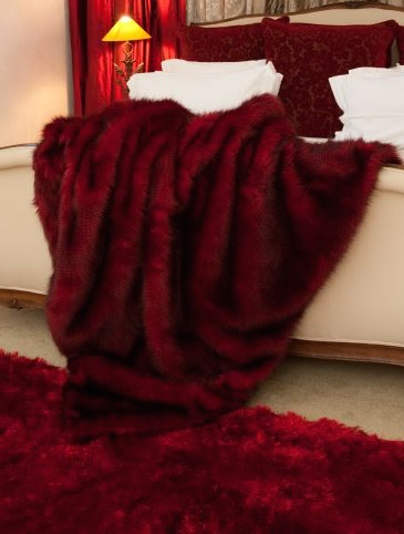 Hotel Luxury Collection Red Pheasant Faux Fur Cushion