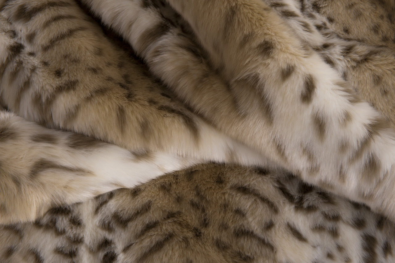 Hotel Luxury Collection Snow Leopard Faux Fur